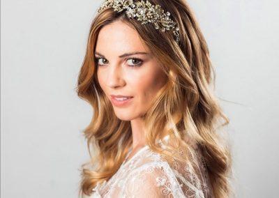 Bride natural makeup & hair down